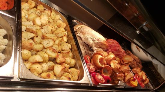 Britannia Bolton Hotel: Carvery Evening Meal