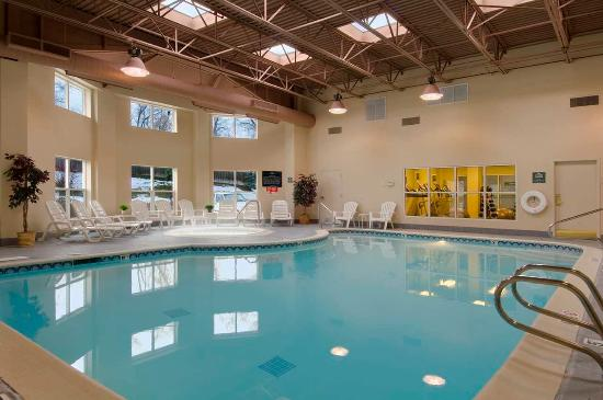 Midvale, UT: Indoor Pool & Hot Tub