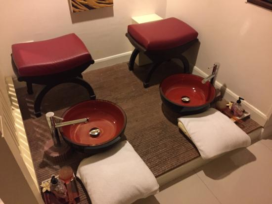 Centerpoint Massage Spa