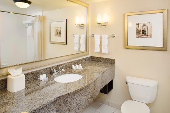 bathroom picture of hilton garden inn denver tech center denver rh tripadvisor com