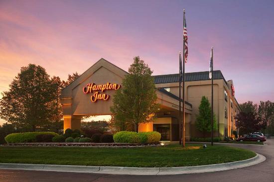 Hampton Inn Mt. Pleasant: Hotel Exterior