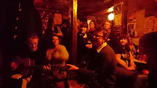 Drogheda, Irlandia: Music session - Jan 2016