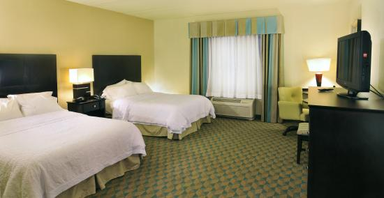 Hampton Inn Gadsden / Attalla: Two Queen Bed