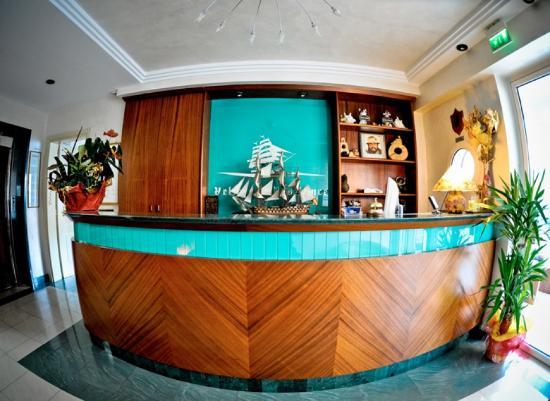 Hotel Residence Veliero : reception