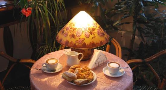 Hotel Residence Veliero : breakfast