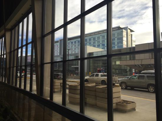 Delta Hotels Calgary Airport In-Terminal: photo6.jpg