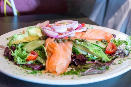 Cafe Des Artistes : Nordique Salade