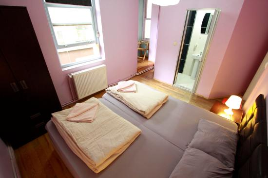 Galata West Hostel : Double room with private bathroom