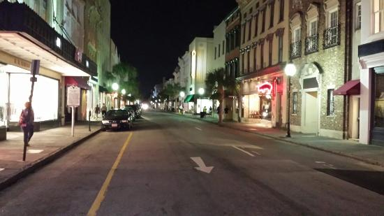 Hampton Inn Charleston - Historic District: 20150824_220822_large.jpg