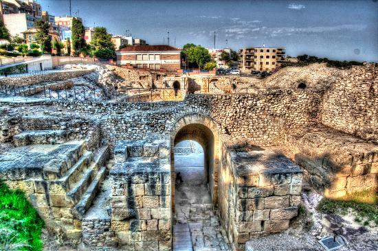 Roman Amphitheatre: 008
