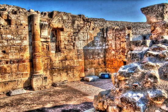Roman Amphitheatre: 010