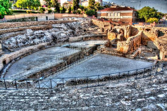 Roman Amphitheatre: 011