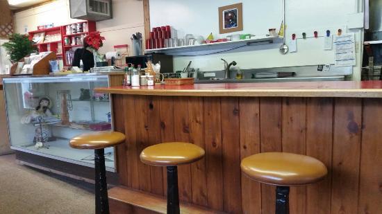 Elmira Store & Cafe