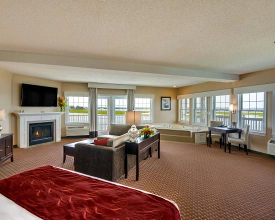 Comfort Suites Chincoteague : Guest Room