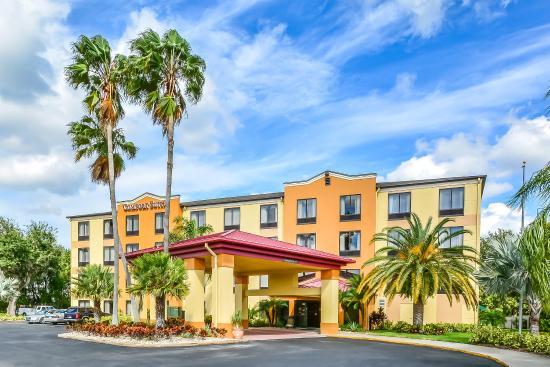 Comfort Suites Tampa / Brandon