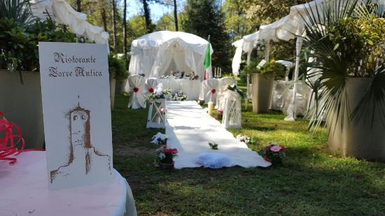 Varallo Pombia, Italien: matrimonio all'americana