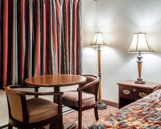 Frackville, PA: Guest room