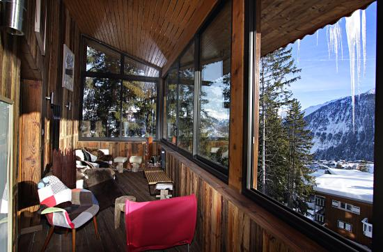 Snow Lodge Boutique Hotel: Veranda