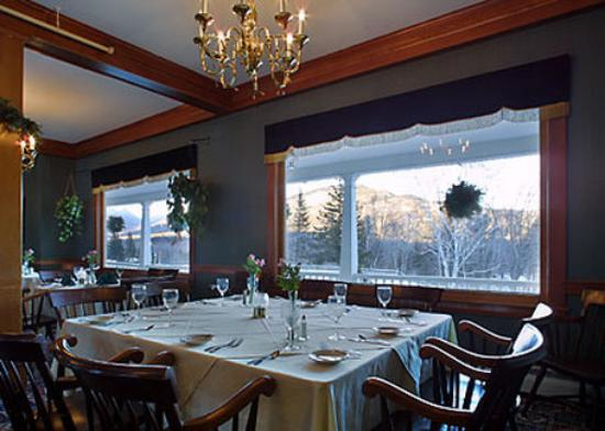 Eagle Mountain House & Golf Club: Dining