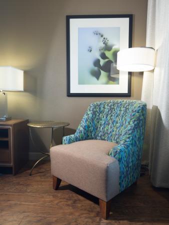 guestroom lounge chair picture of hilton garden inn longview rh tripadvisor co za