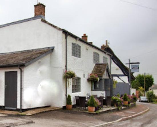 The Joiners Arms, Church Walk, Bruntingthorpe, Nr Lutterworth, Leicestershire.  LE17 5QH