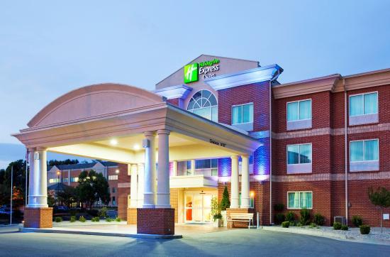 Bellevue, KY: Hotel Exterior