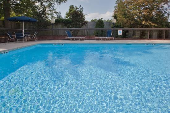 Kinston, NC: Swimming Pool