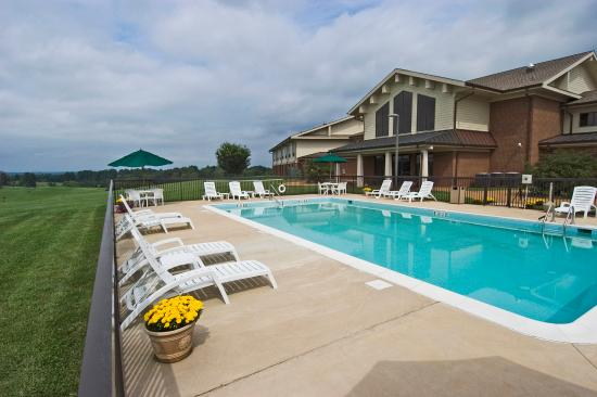 Orange, VA: Work off the day's stress with a refreshing swim