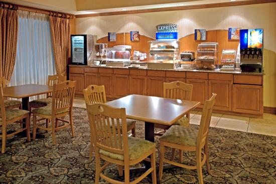 Holiday Inn Express Hotel & Suites Port Aransas / Beach Area: Breakfast Area
