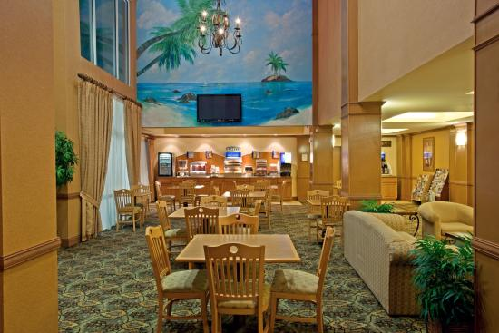 Holiday Inn Express Hotel & Suites Port Aransas / Beach Area: Breakfast Bar