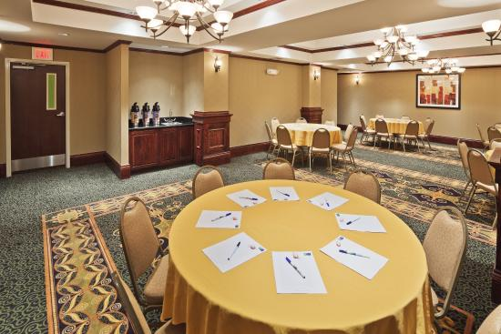 McAlester, OK: Meeting Room