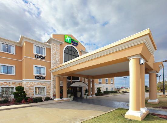 Holiday Inn Express Greenville: Entrance