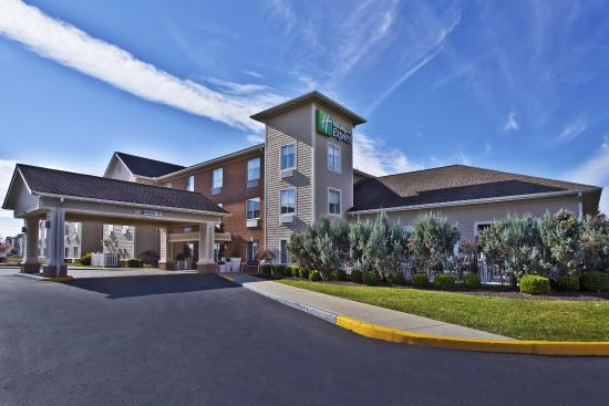 Holiday Inn Express & Suites Columbus Southeast: Welcome to a new us!!