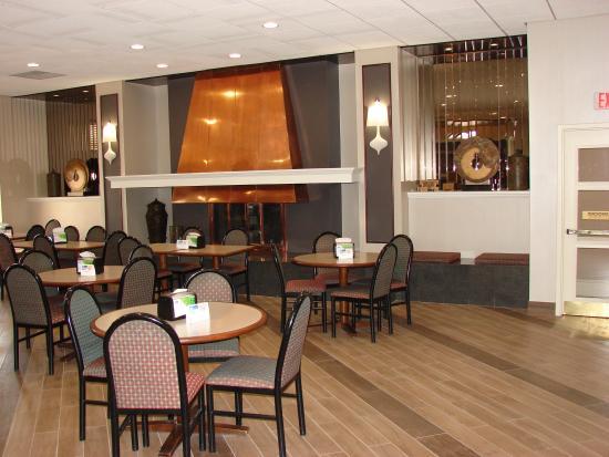 Best Western Gateway Adirondack Inn: Breakfast Sitting(Post renovation)