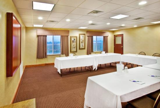 Le Mars, IA: Meeting Room