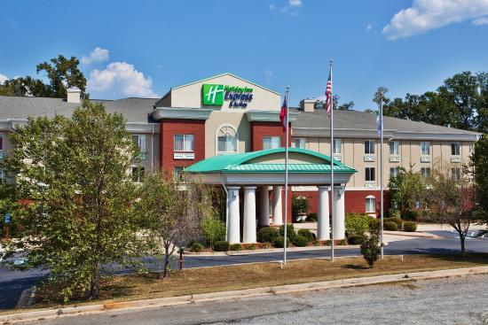 Photo of Holiday Inn Express Milledgeville