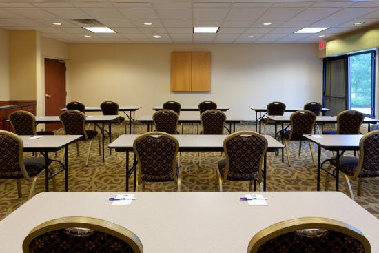 North East, MD: Meeting Room