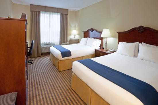 Waxahachie, TX: Queen Bed Guest Room