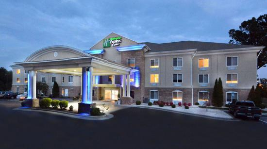 Holiday Inn Express & Suites High Point South: Welcome to the Holiday Inn Express High Point hotel.