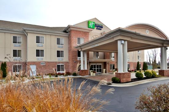 Welcome to the Holiday Inn Express & Suites High Point South hotel