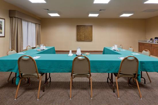 Lititz, PA: Meeting Room