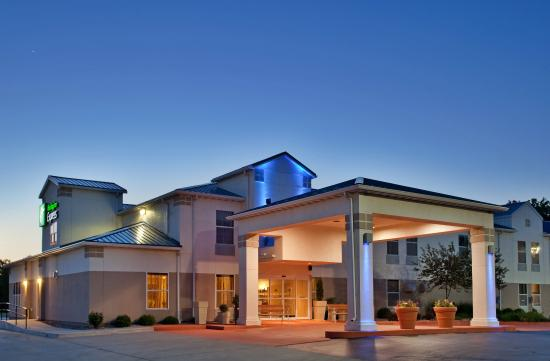 Photo of Holiday Inn Express Junction City KS