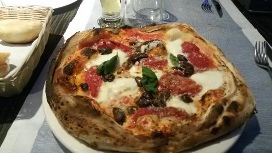 Lipomo, Italie : 20160124_210729_large.jpg