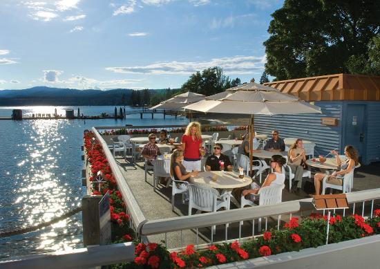 The Coeur d'Alene Resort: Boardwalk Bar