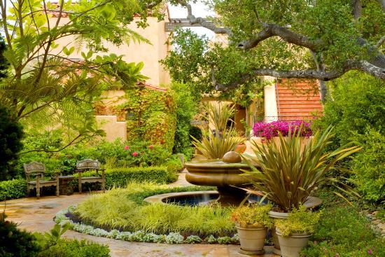 Casa Palmero at Pebble Beach: Gardens