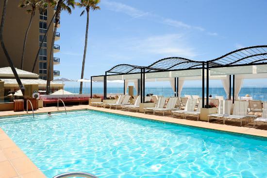Surf & Sand Resort : Pool