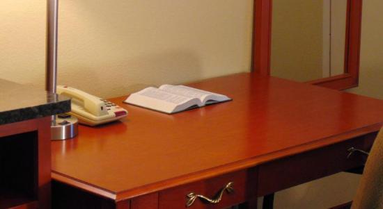 White Pine, TN: Work Desk