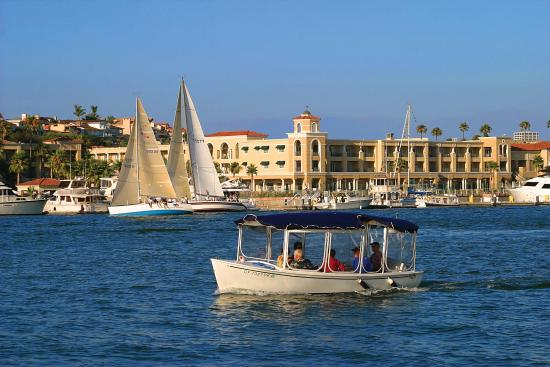 Balboa Bay Resort: Board a Duffy Boat at the Resort