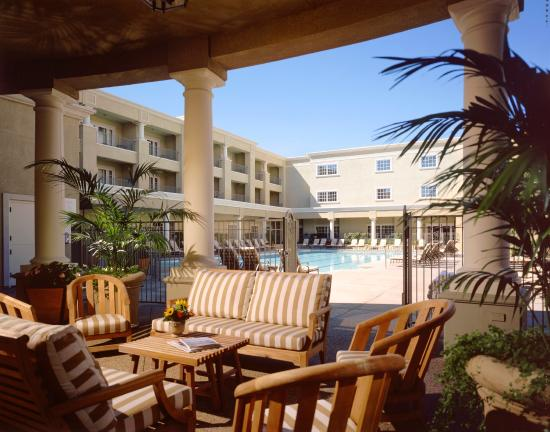 Balboa Bay Resort: Ballroom Deck