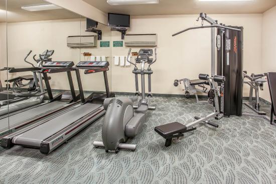 Quality Inn: Fitness room